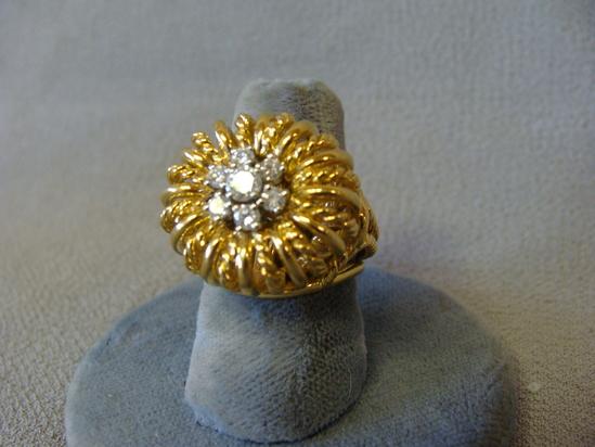 Signed Danker 18k Soild Braided Gold & Diamond Royal Crown Charm Ring size 5
