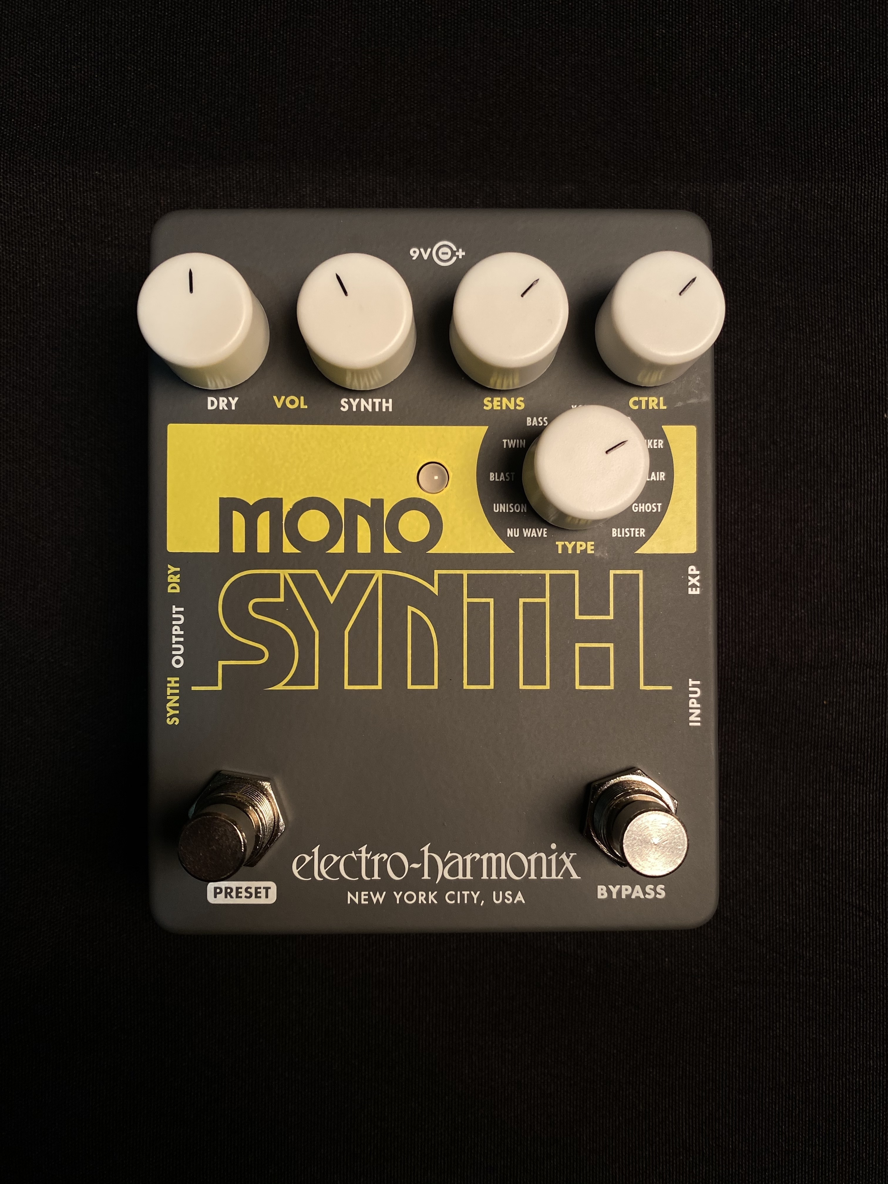 ELECTRO-HARMONIX - MONO SYNTH - SYNTHESIZER EFFECTS PEDAL