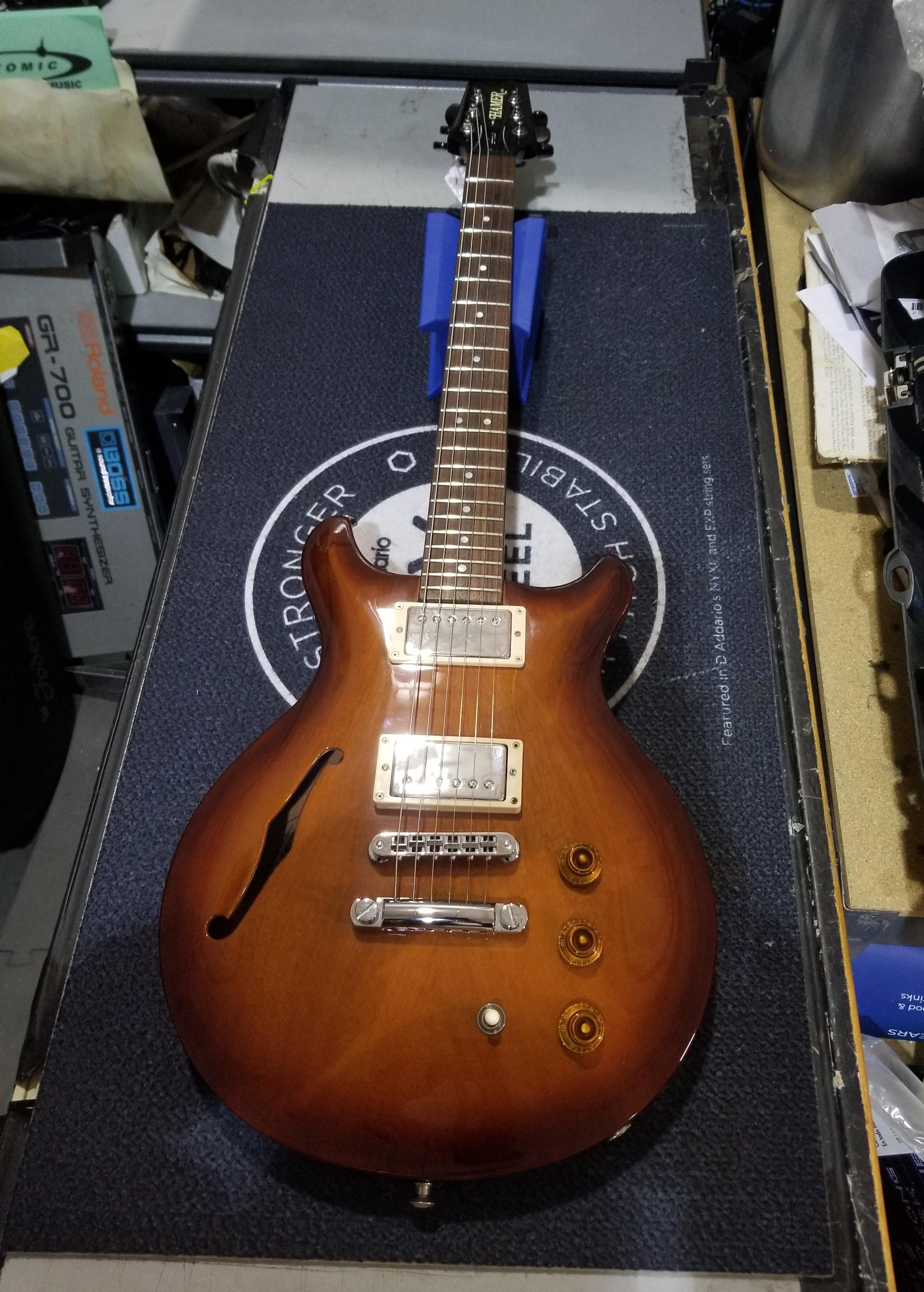HAMER USA ARTIST Semi-Hollow Electric Guitar HSC