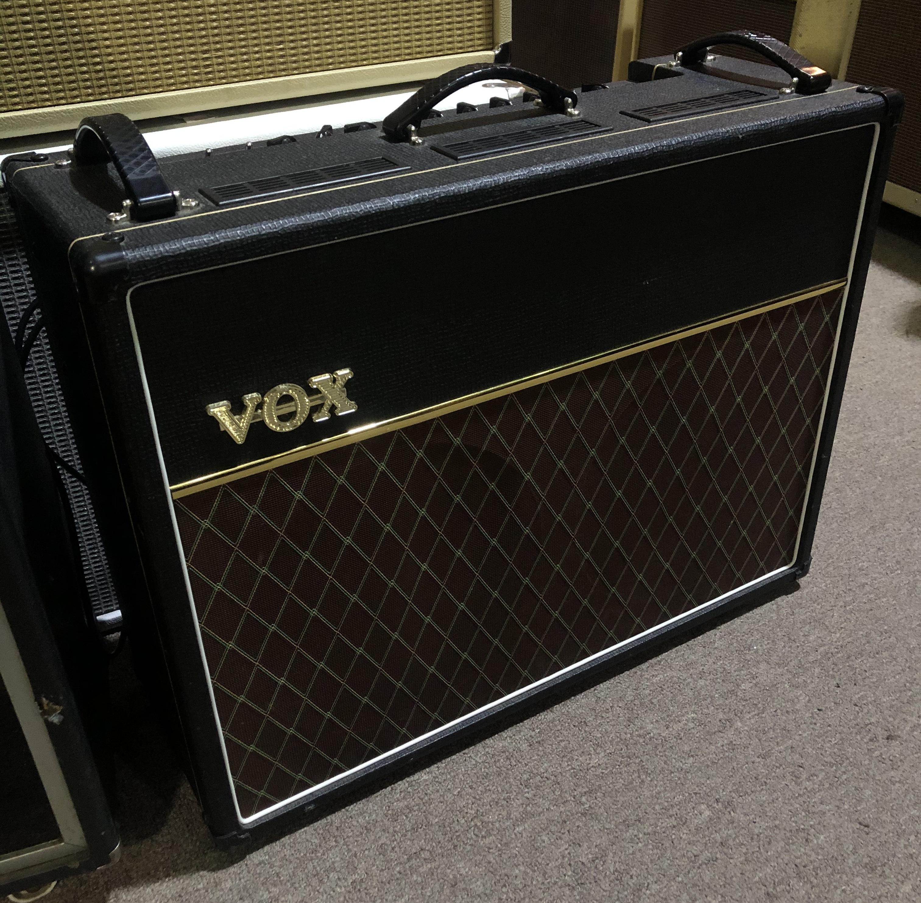 VOX - AC30C2 2-Channel 30-Watt 2x12