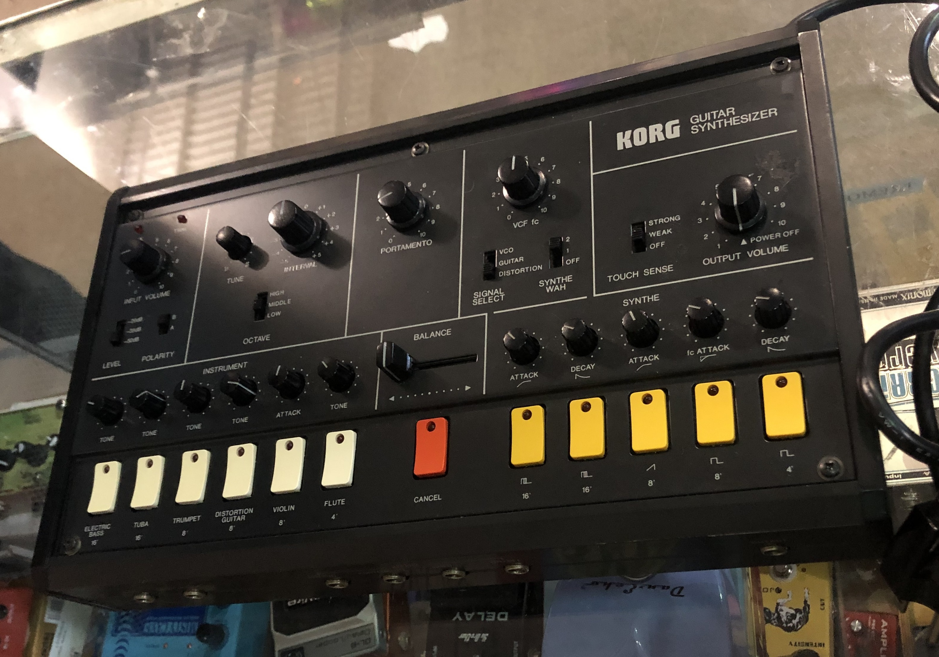 KORG - X-911 Vintage Analog Guitar Synthesizer