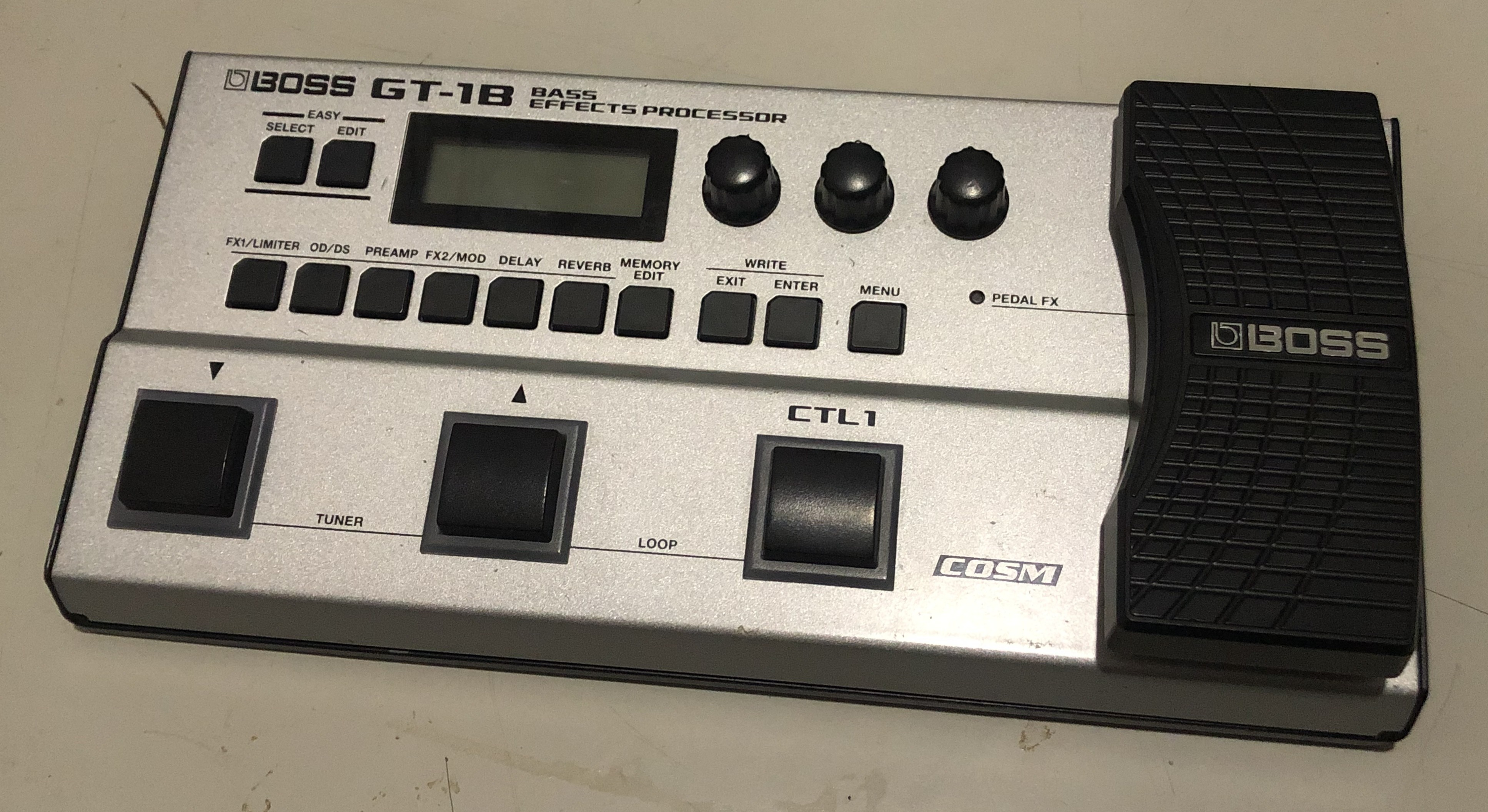 BOSS - GT-1B Bass Effects Processor Pedal