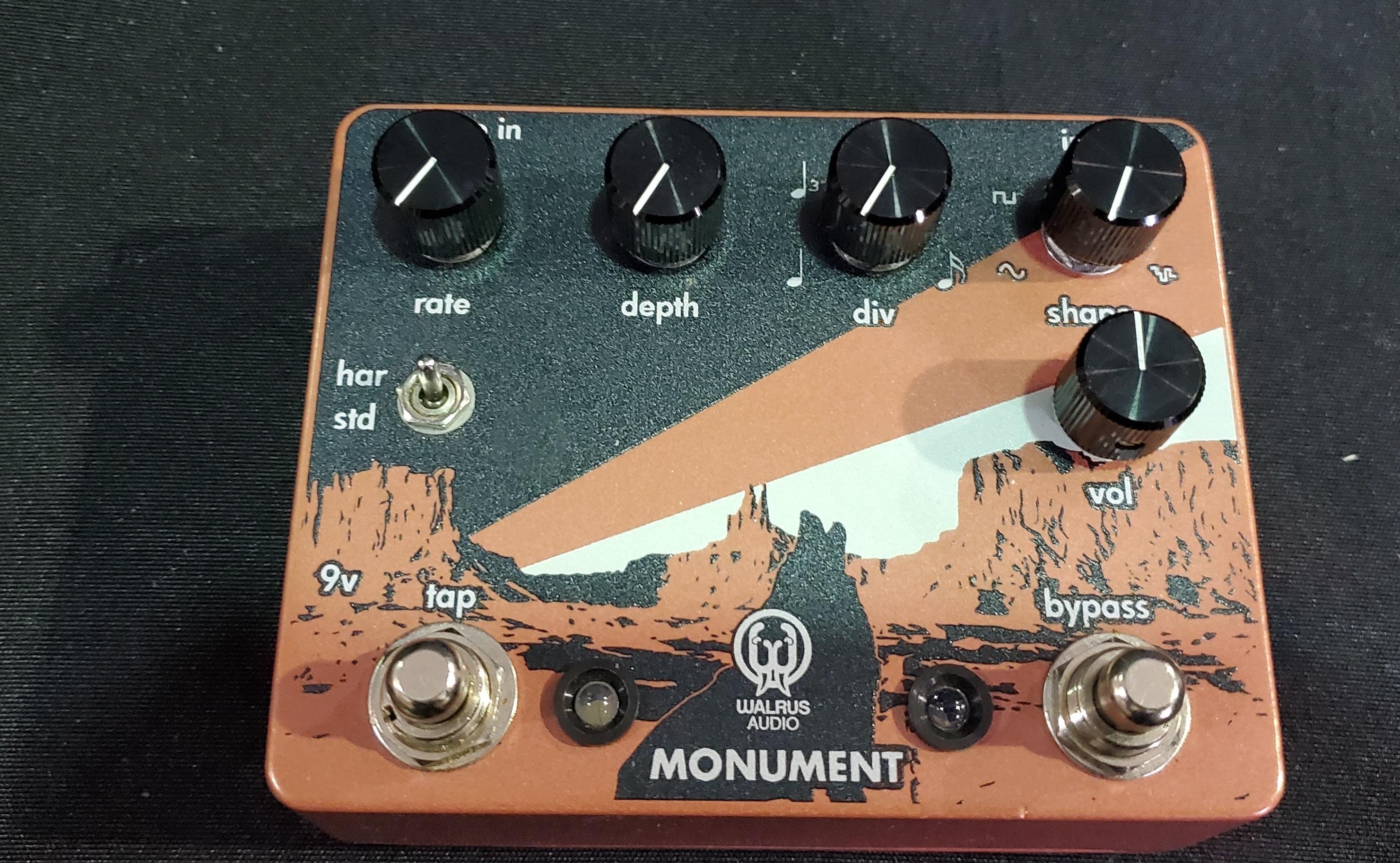 Walrus Audio Monument Harmonic Tap Tremolo V1