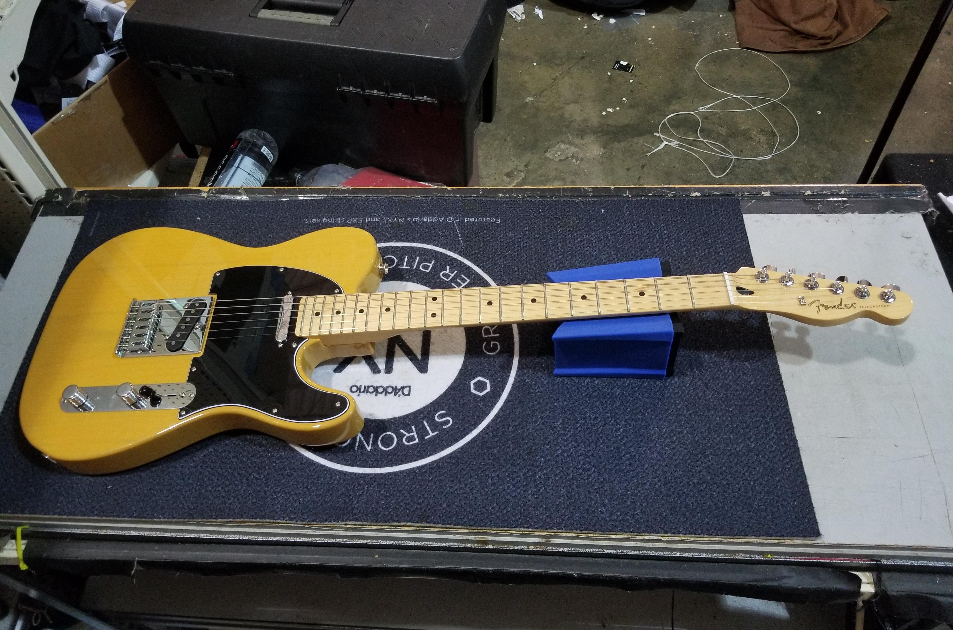 FENDER Player Telecaster Electric Guitar Butterscotch Blonde MIM