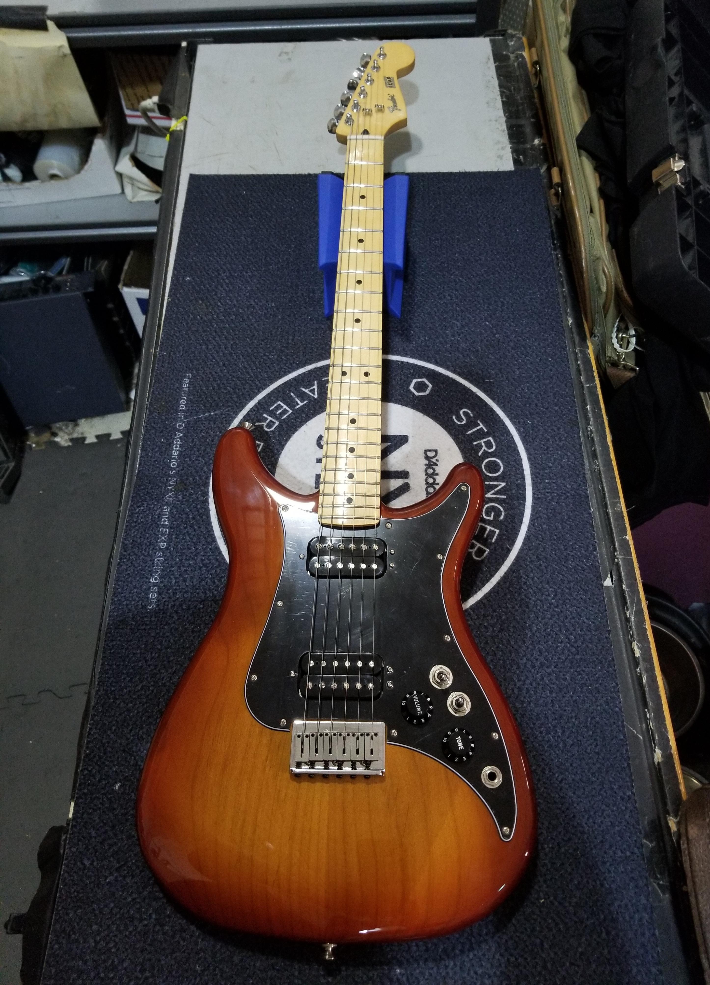 FENDER Player Lead III Electric Guitar Sienna Sunburst