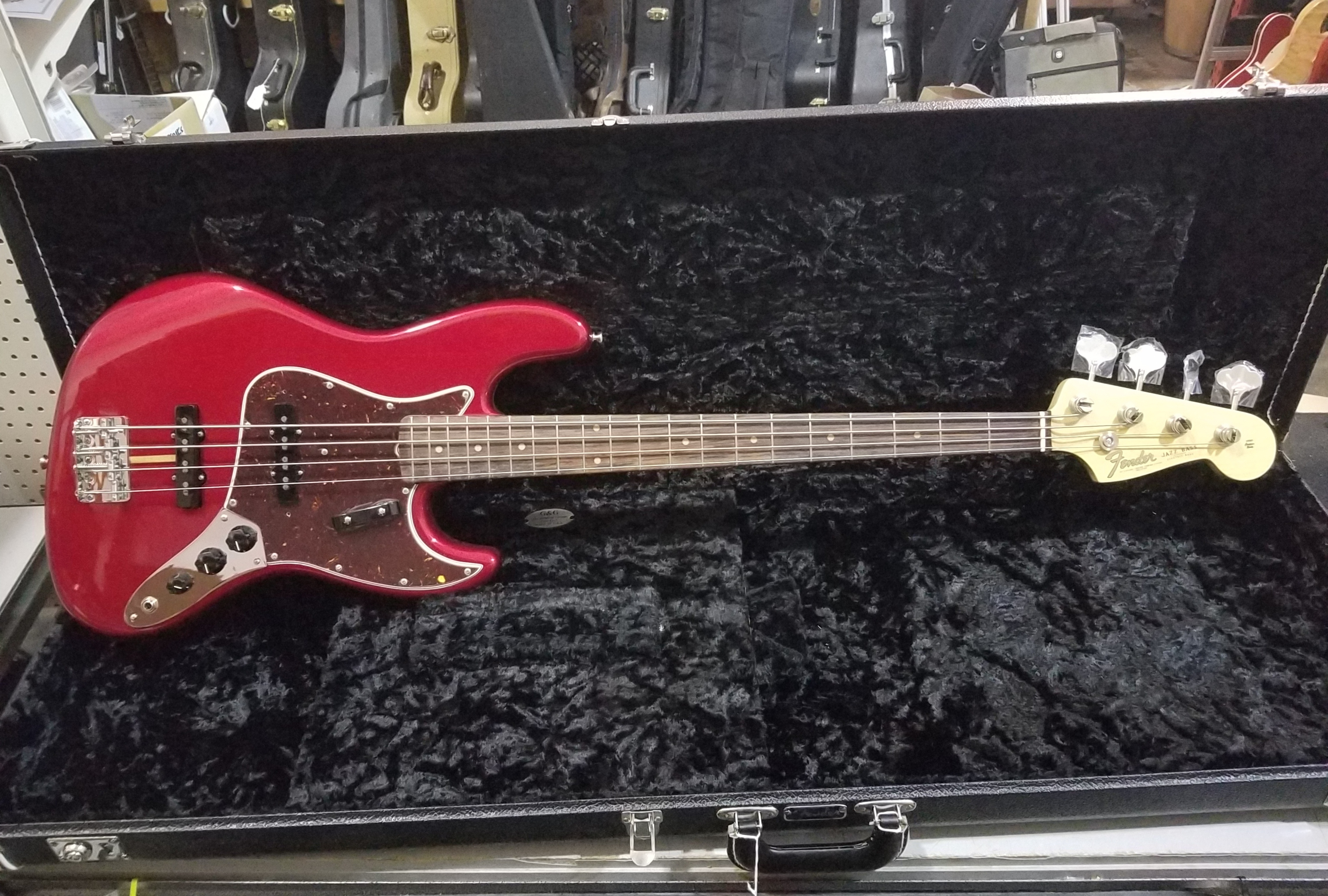FENDER American Original Series '60s Jazz Bass HSC Candy Apple Red
