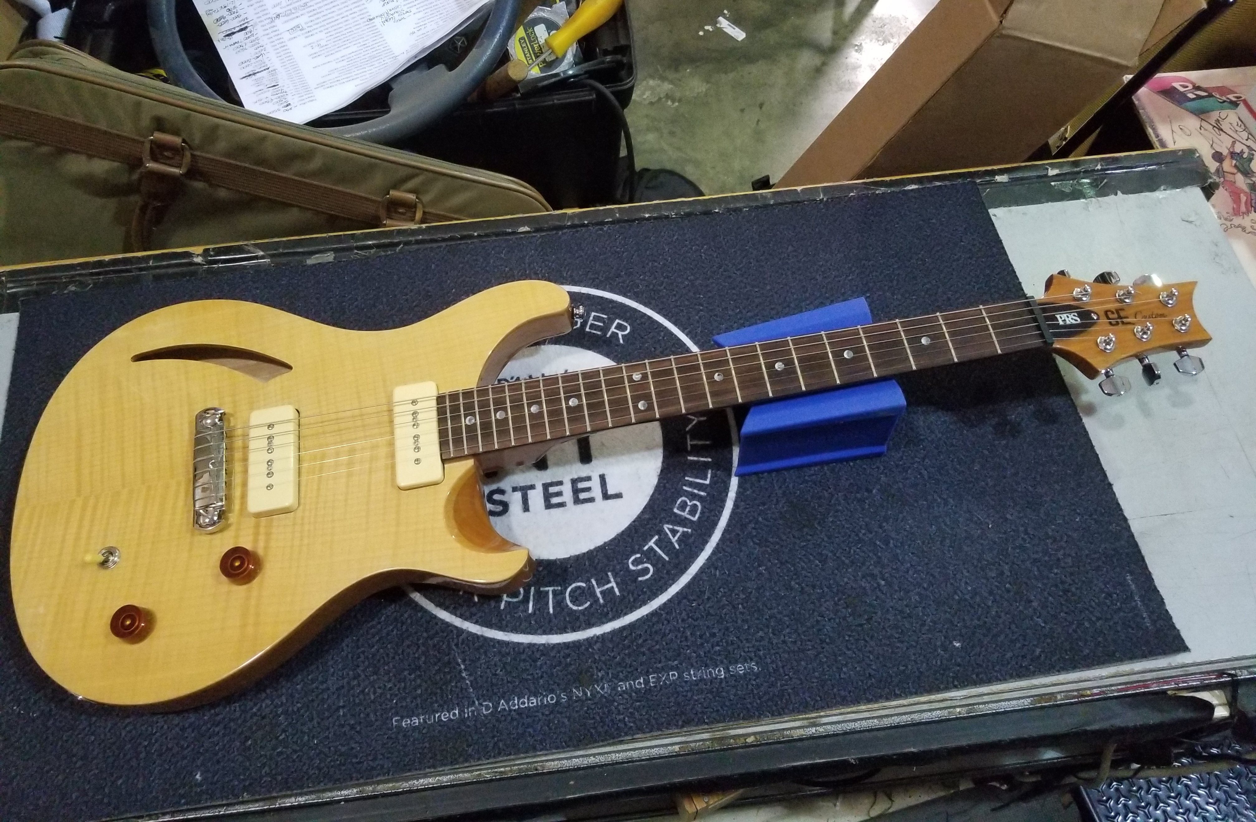 PAUL REED SMITH PRS SE Custom Semi-Hollow Soapbar Electric Guitar