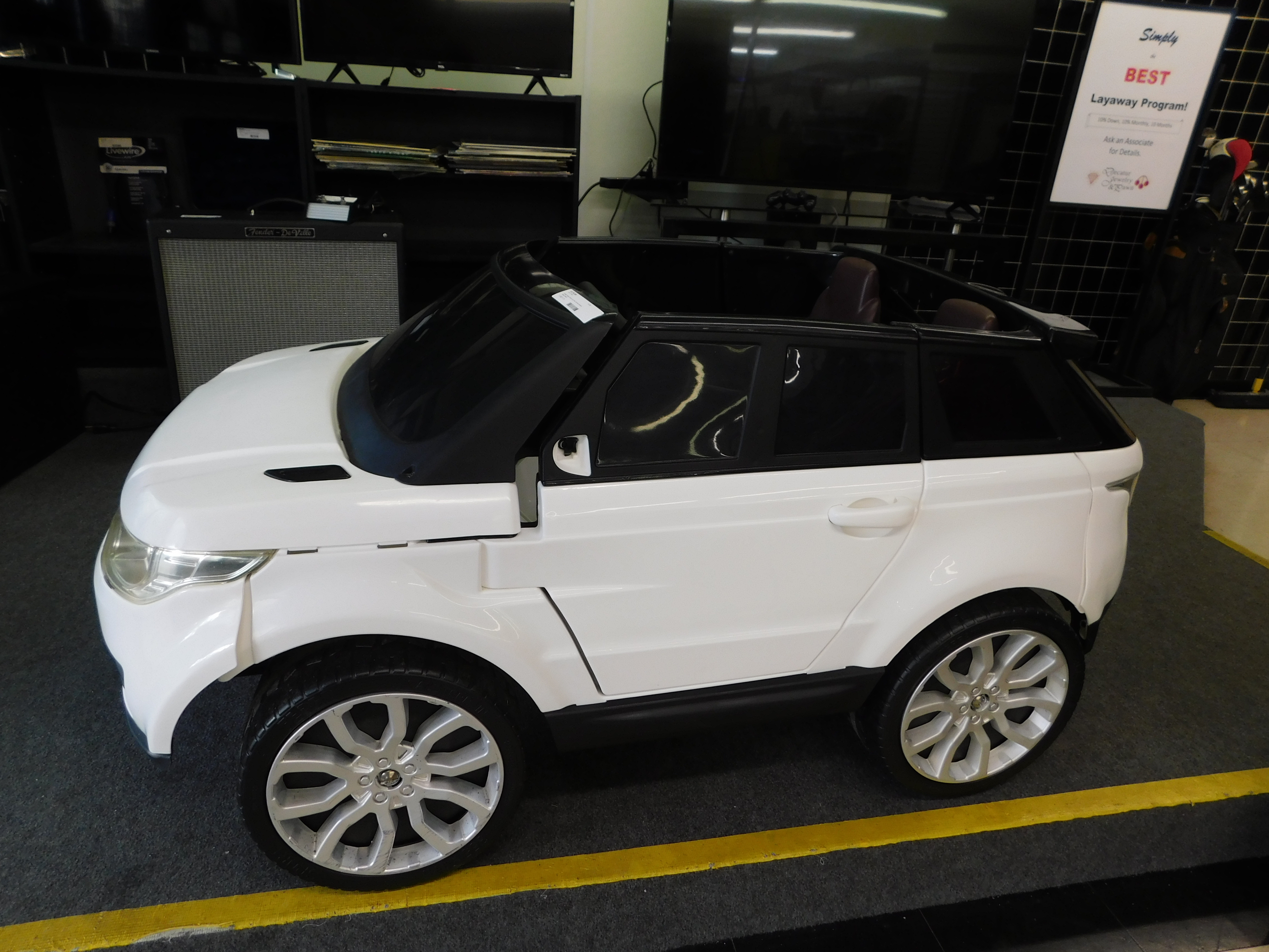 - RANGE ROVER CHILDRENS CAR