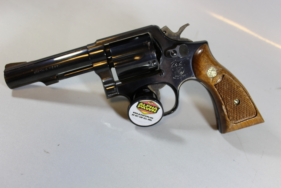 Smith & Wesson 10-8