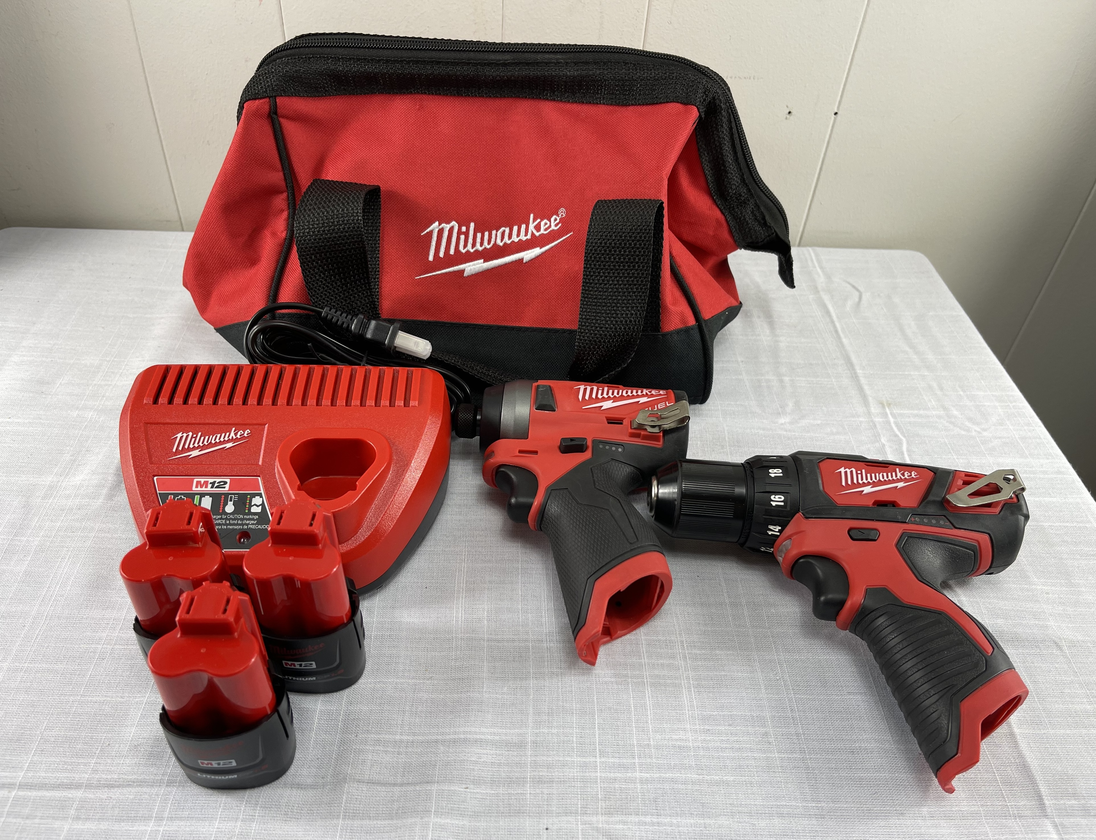 Milwaukee M12 Tool Kit