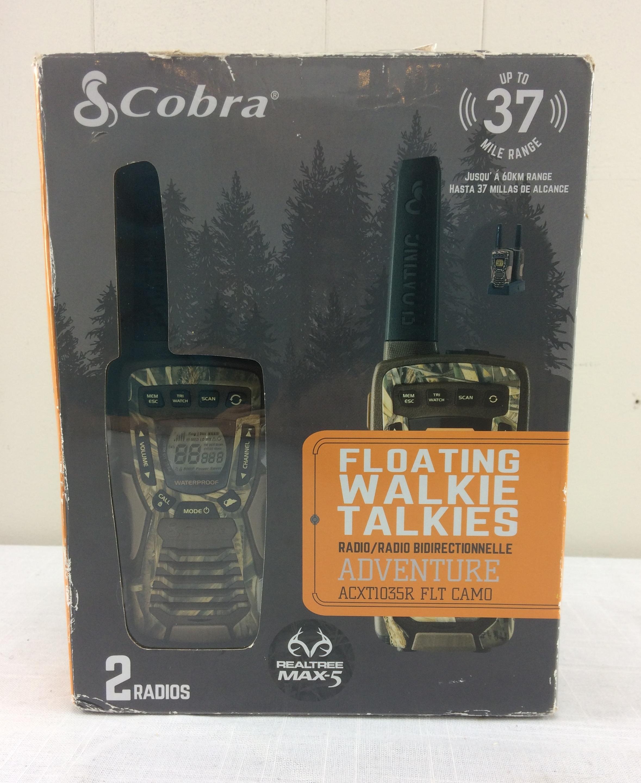 Cobra ACXT1035R Floating 37 Mile Range Walkie Talkie Radios - Camo
