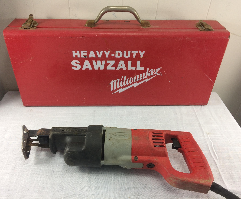 Milwaukee 6509-21 Variable Speed Sawzall w/Quik-Lok Blade Clamp