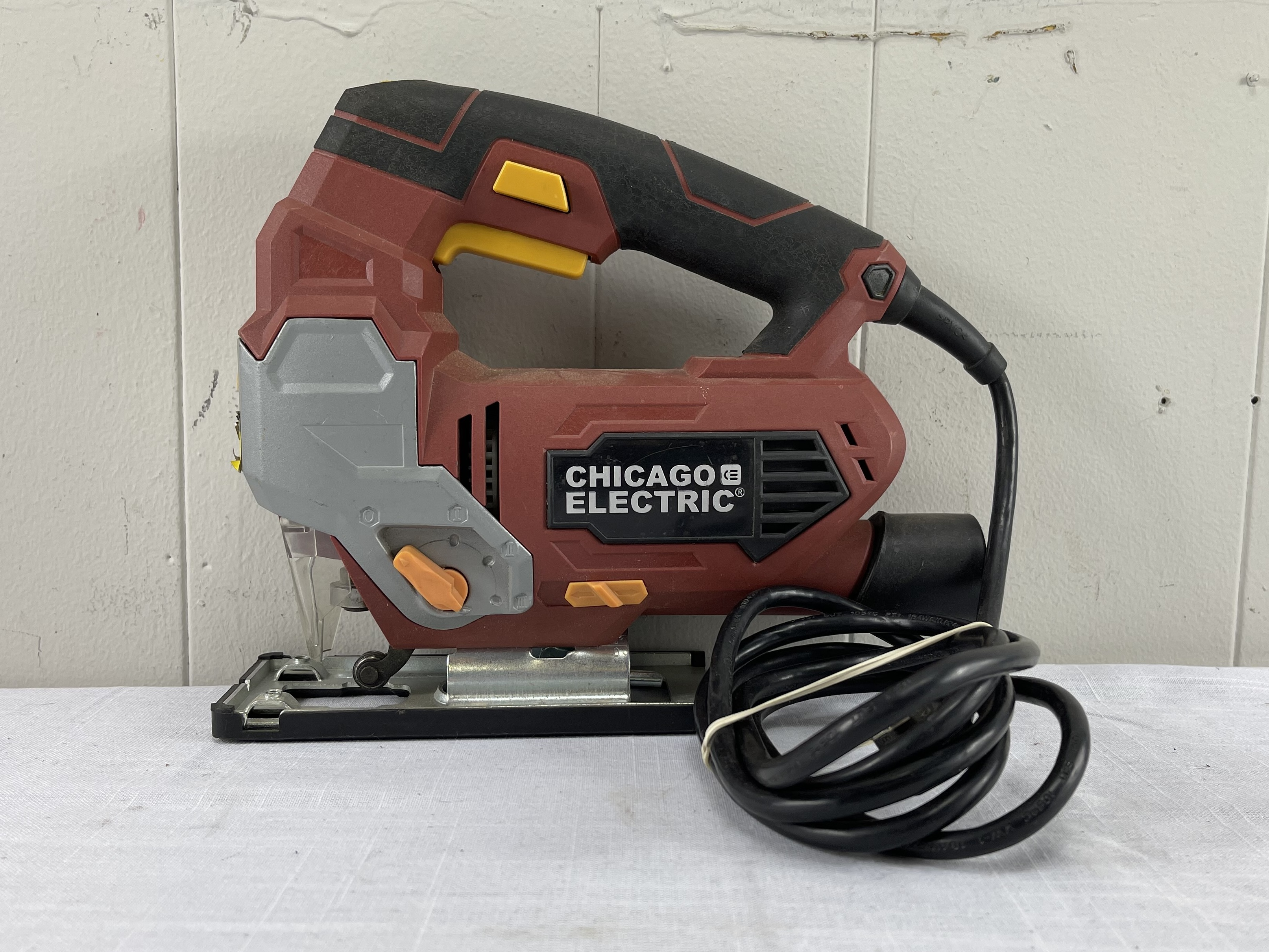 Chicago Electric Orbital Jigsaw