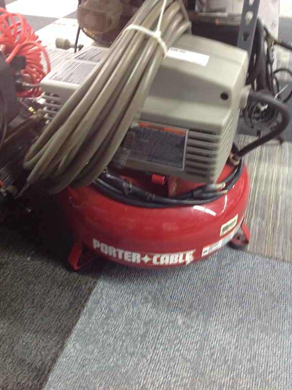 PORTER CABLE - 150 PSI COMPRESSOR