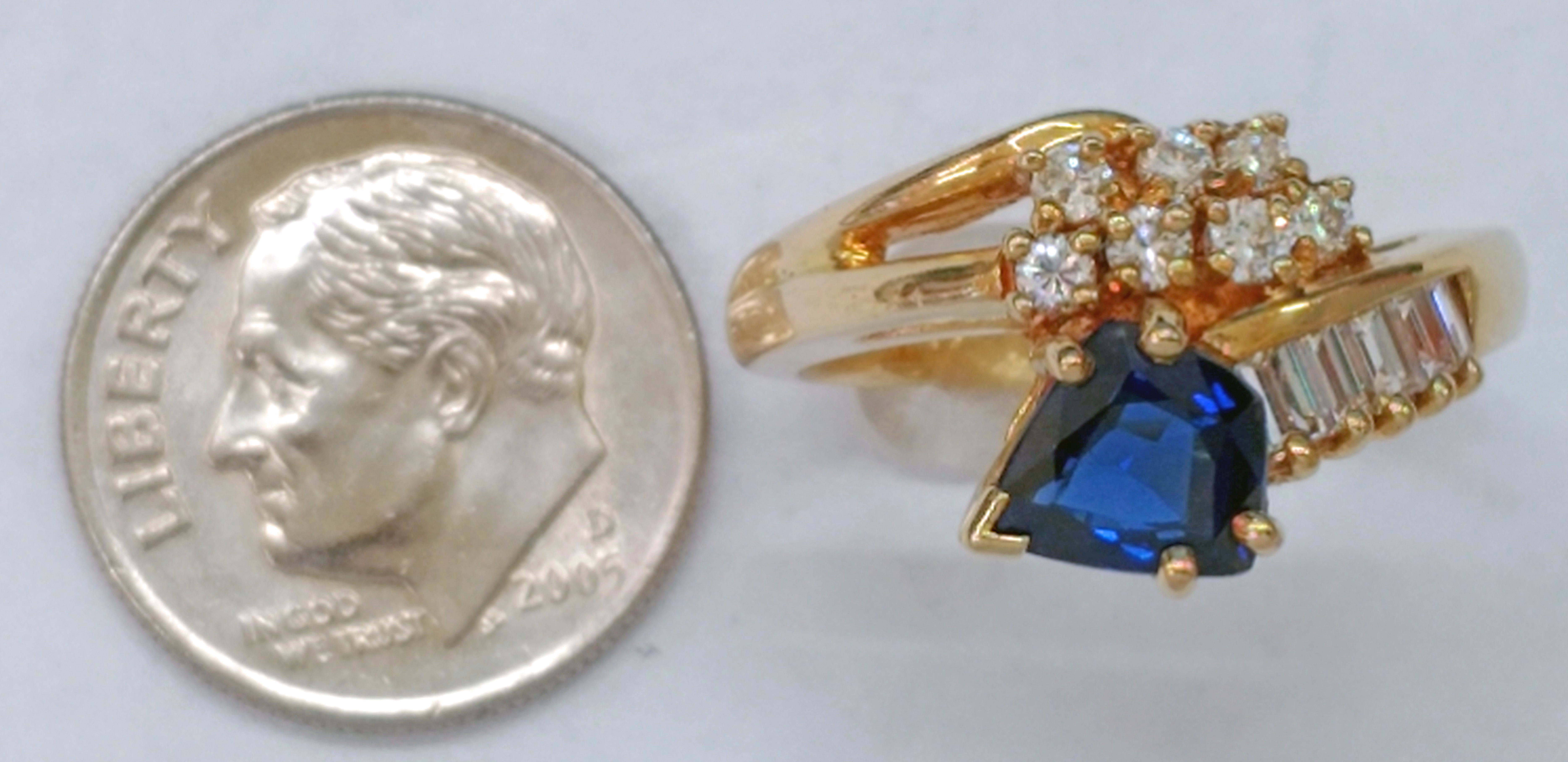 Kite-Shape Blue Sapphire and Diamonds 18kt Yellow Gold Ring - Size 6 1/2