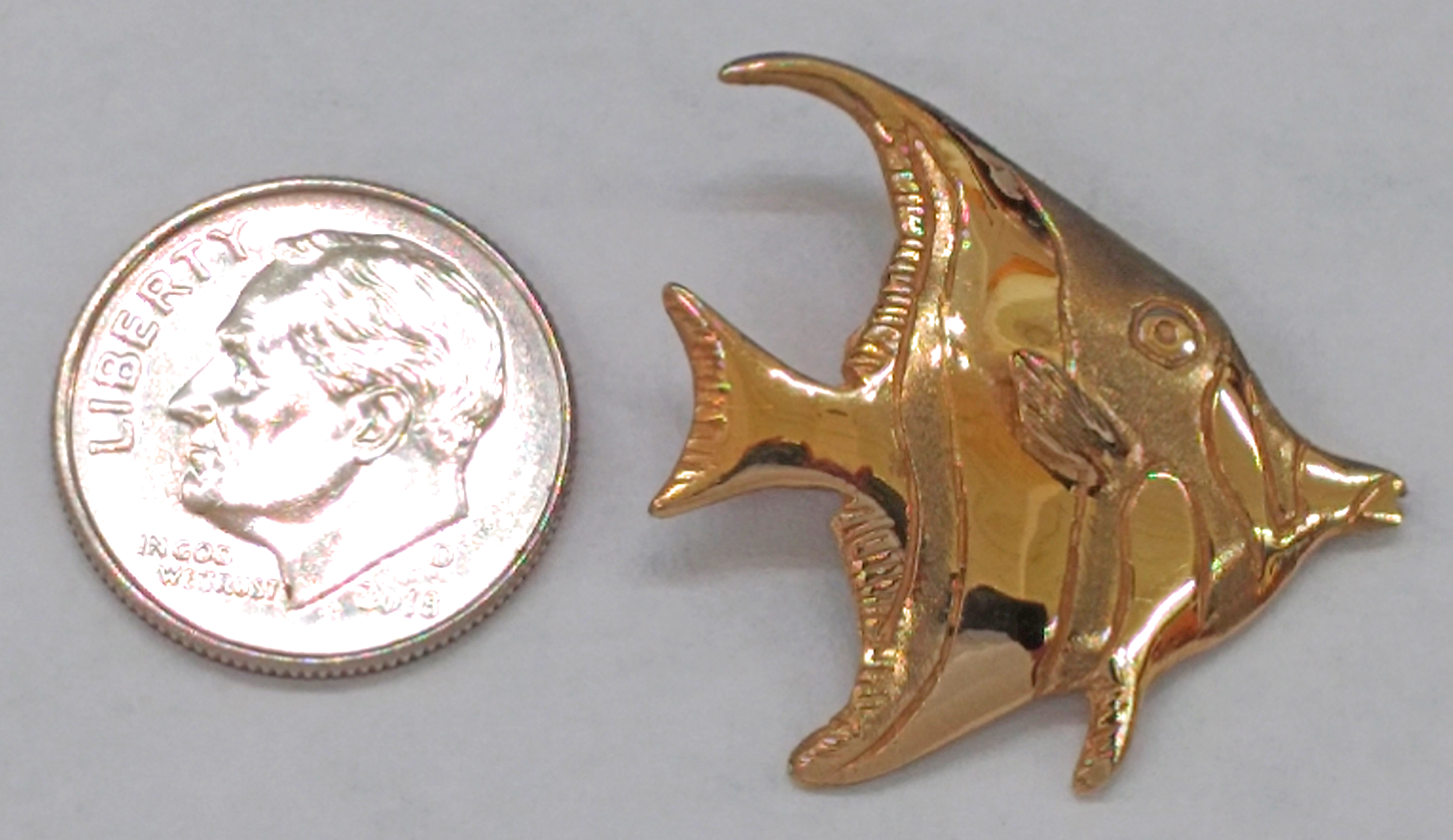 14kt Yellow Gold Angelfish Pendant