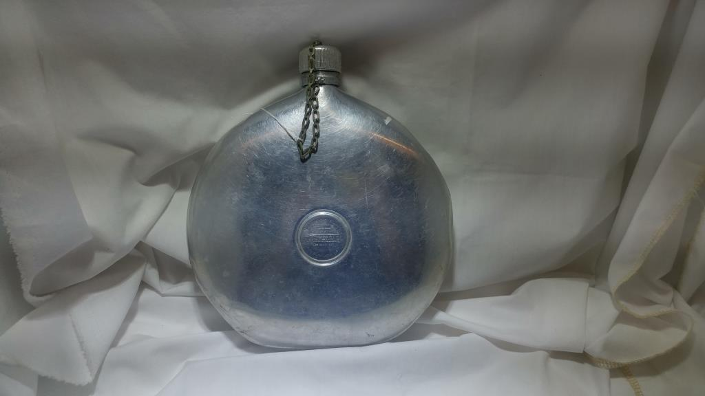 Vintage Collectible Circa Early 1900s Landers Frary & Clark Canteen with Cap