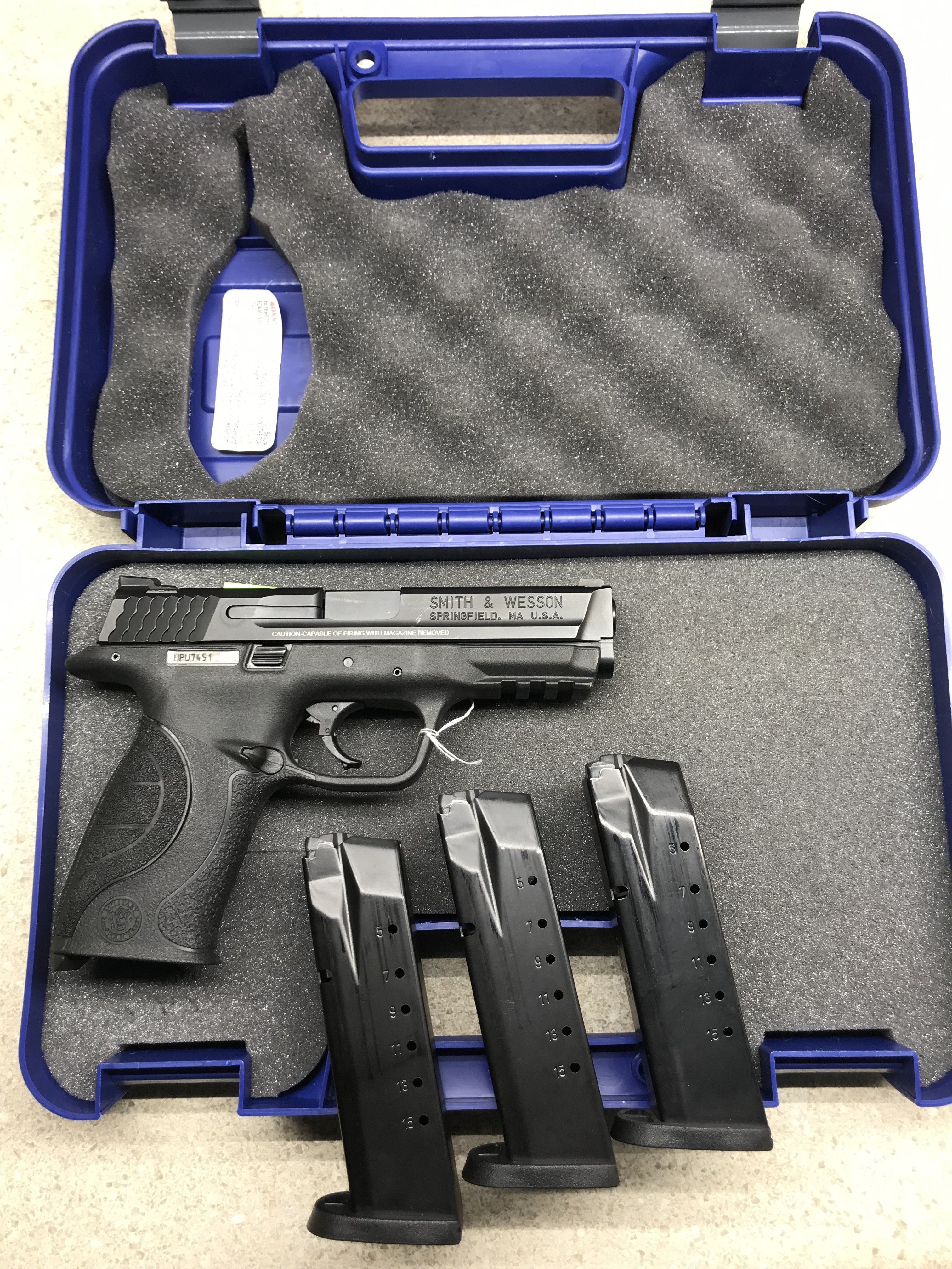SMITH & WESSON - M&P40 PRO SERIES - 40 PISTOL