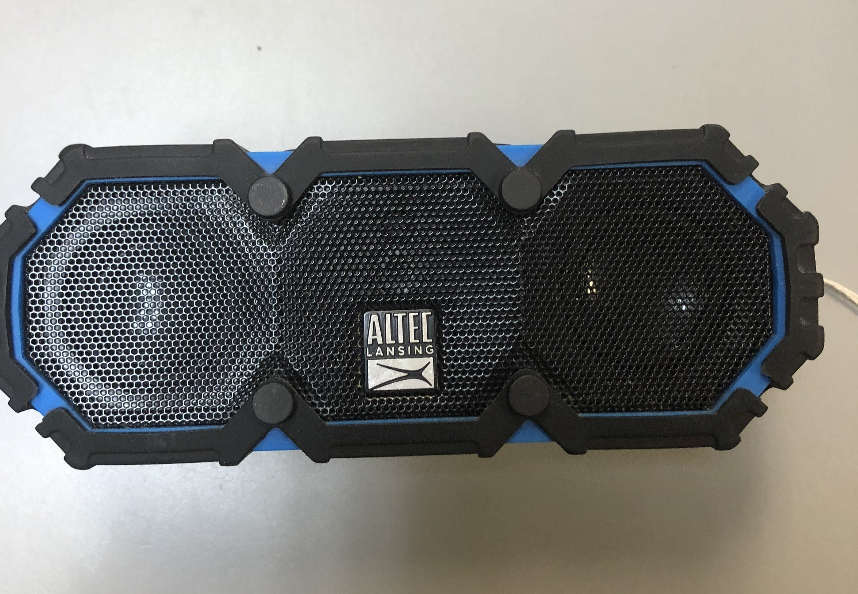 - IMW478W-CB-WM WIRELESS SPEAKER