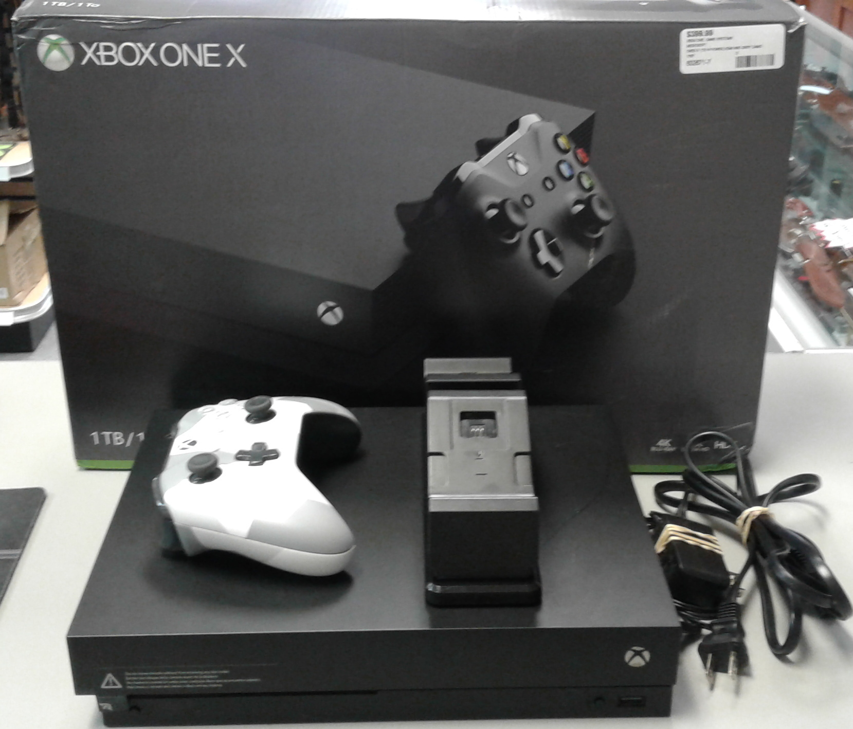 MICROSOFT 1787 XBOX ONE X GAME SYSTEM