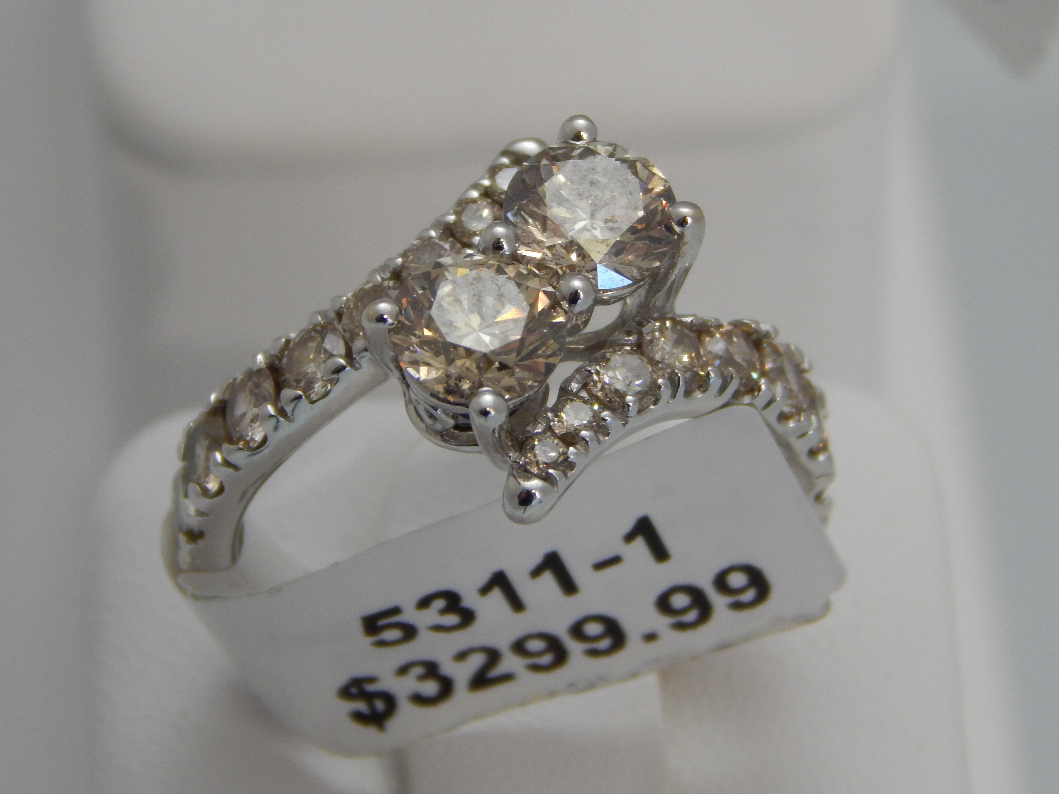 14K WHITE GOLD 2.5CT MICHAEL HILL DIAMOND RING WITH PAPERWORK