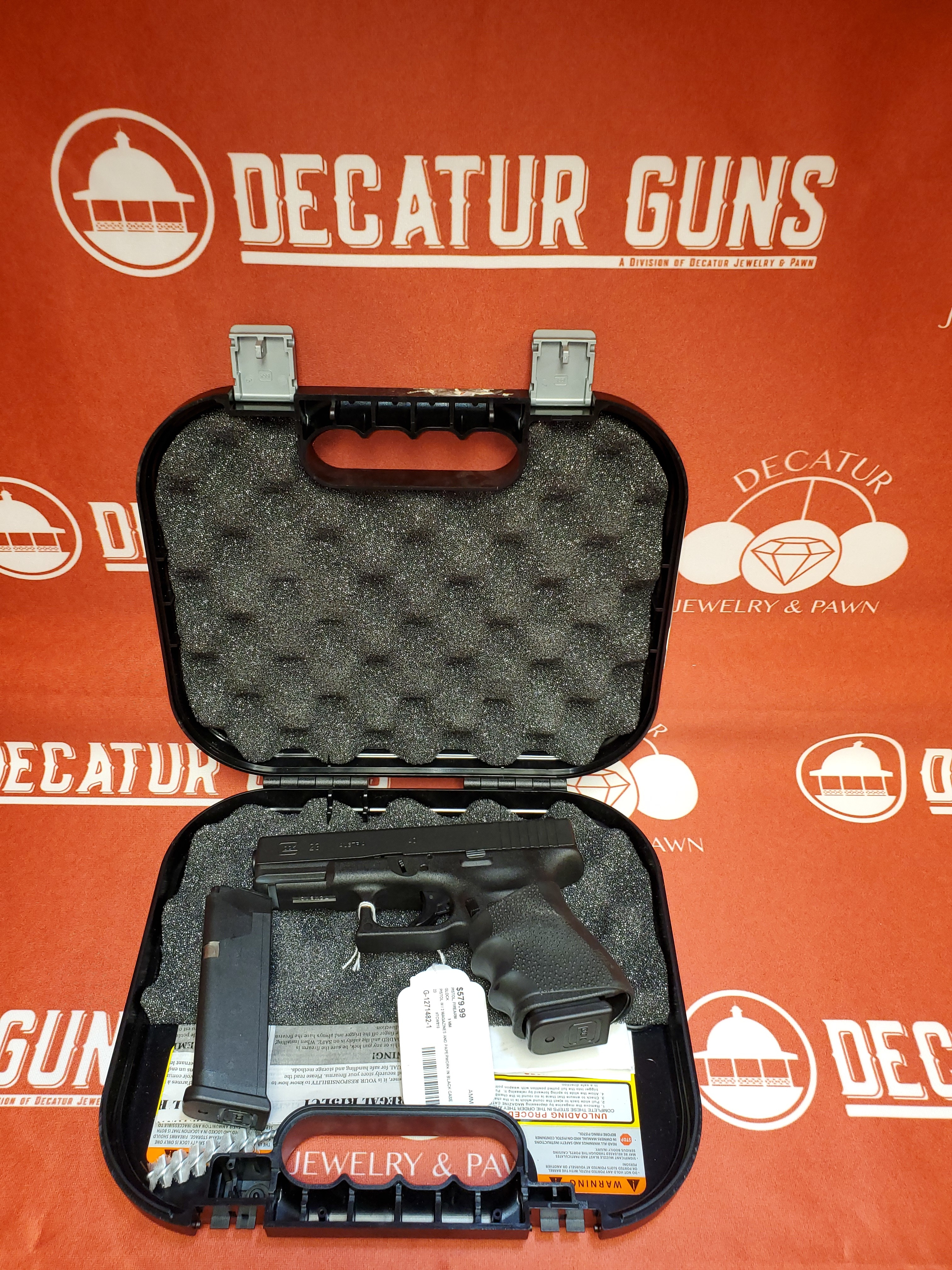 GLOCK 23  .40CAL PISTOL WITH HOGUE GRIP, 2 MAGS & CASE