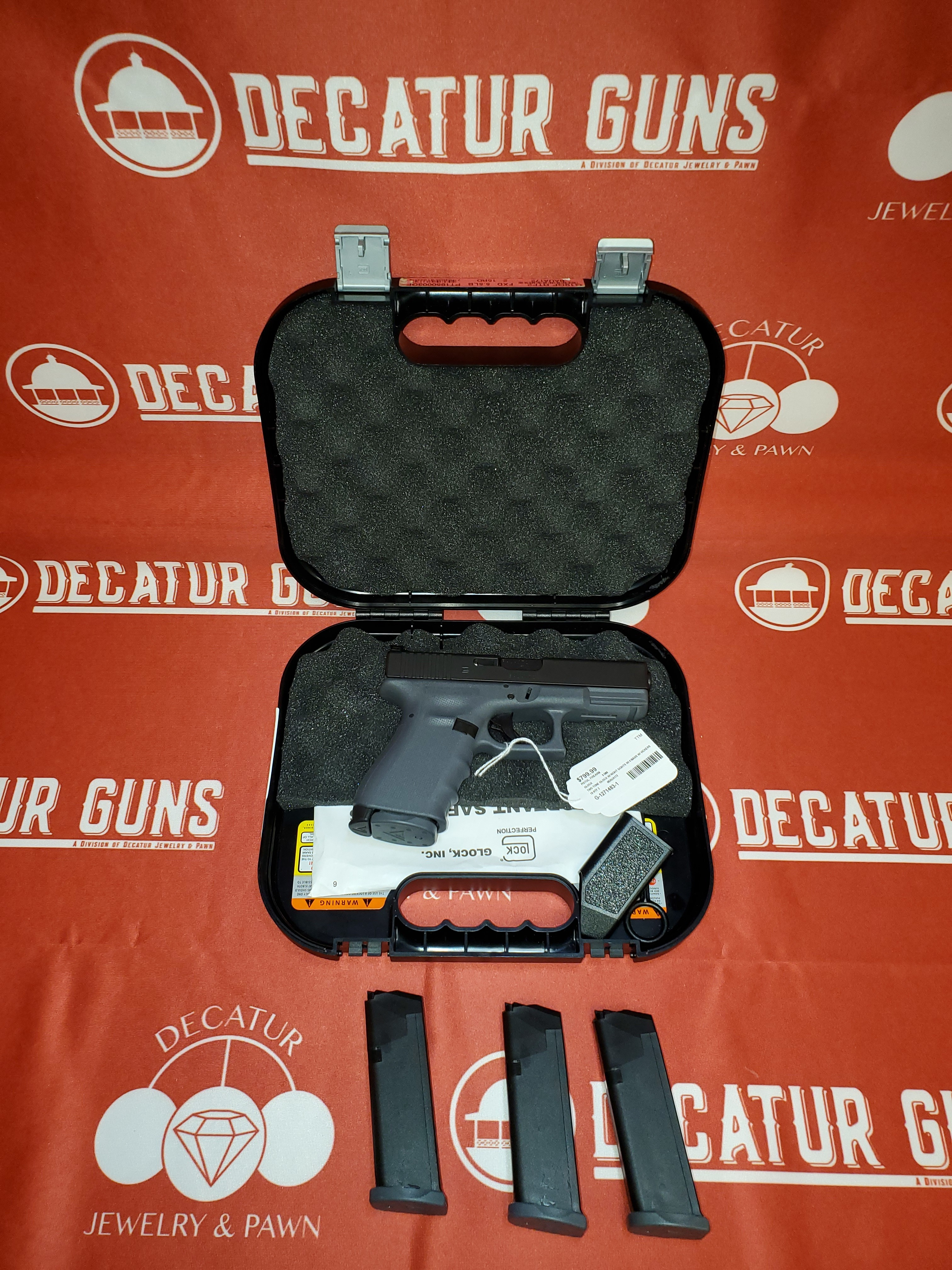 GLOCK 19 RTF 2 Two-Tone 9mm PISTOL with Night Sights, 4 Mags & Vickers