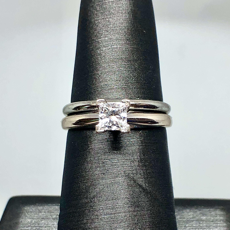 18K WHITE GOLD PRINCESS CUT DIAMOND SOLITAIRE WEDDING SET