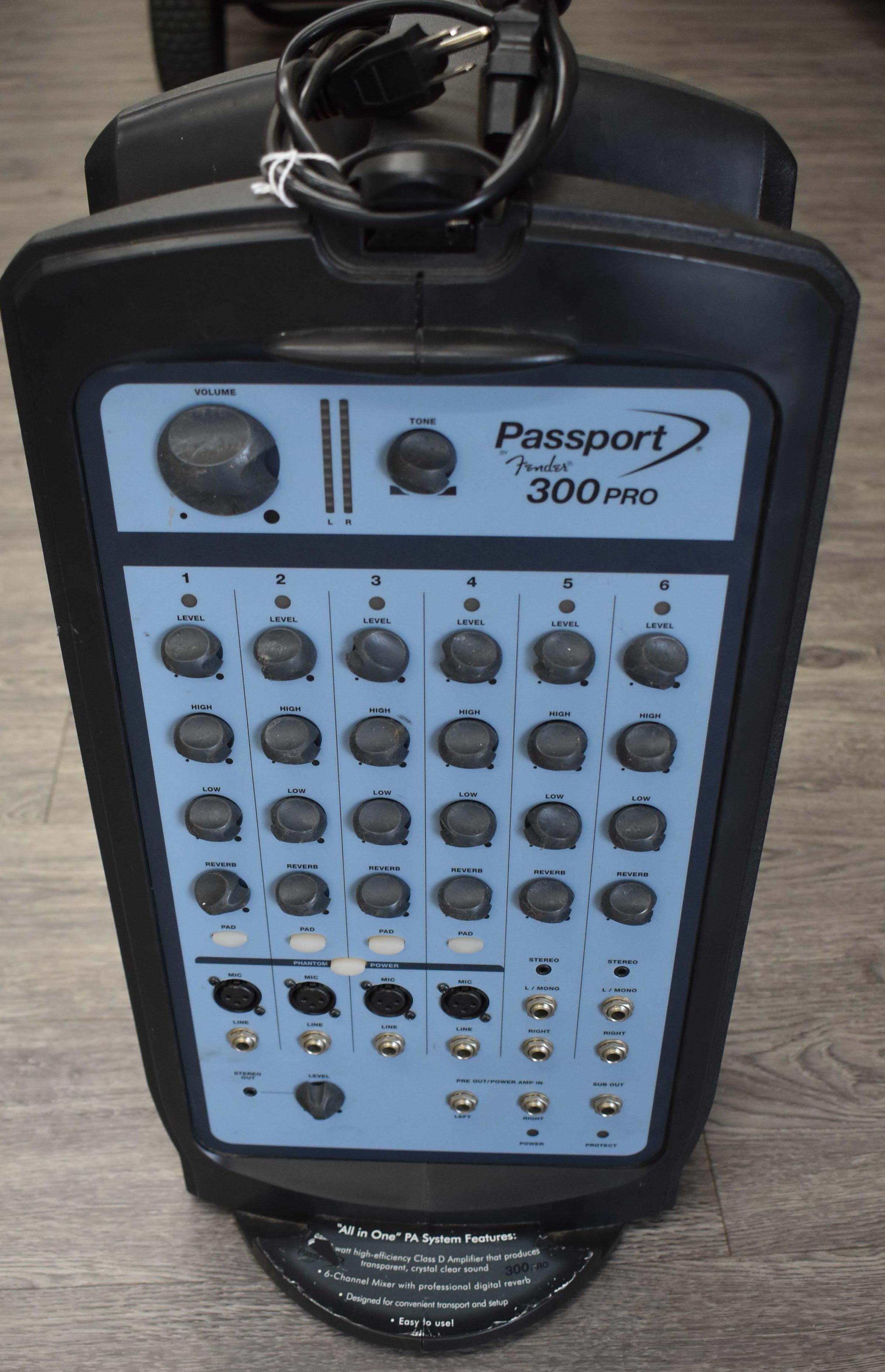 FENDER - PASSPORT PRO 300 - AMPLIFIER MUSICAL INSTRUMENTS