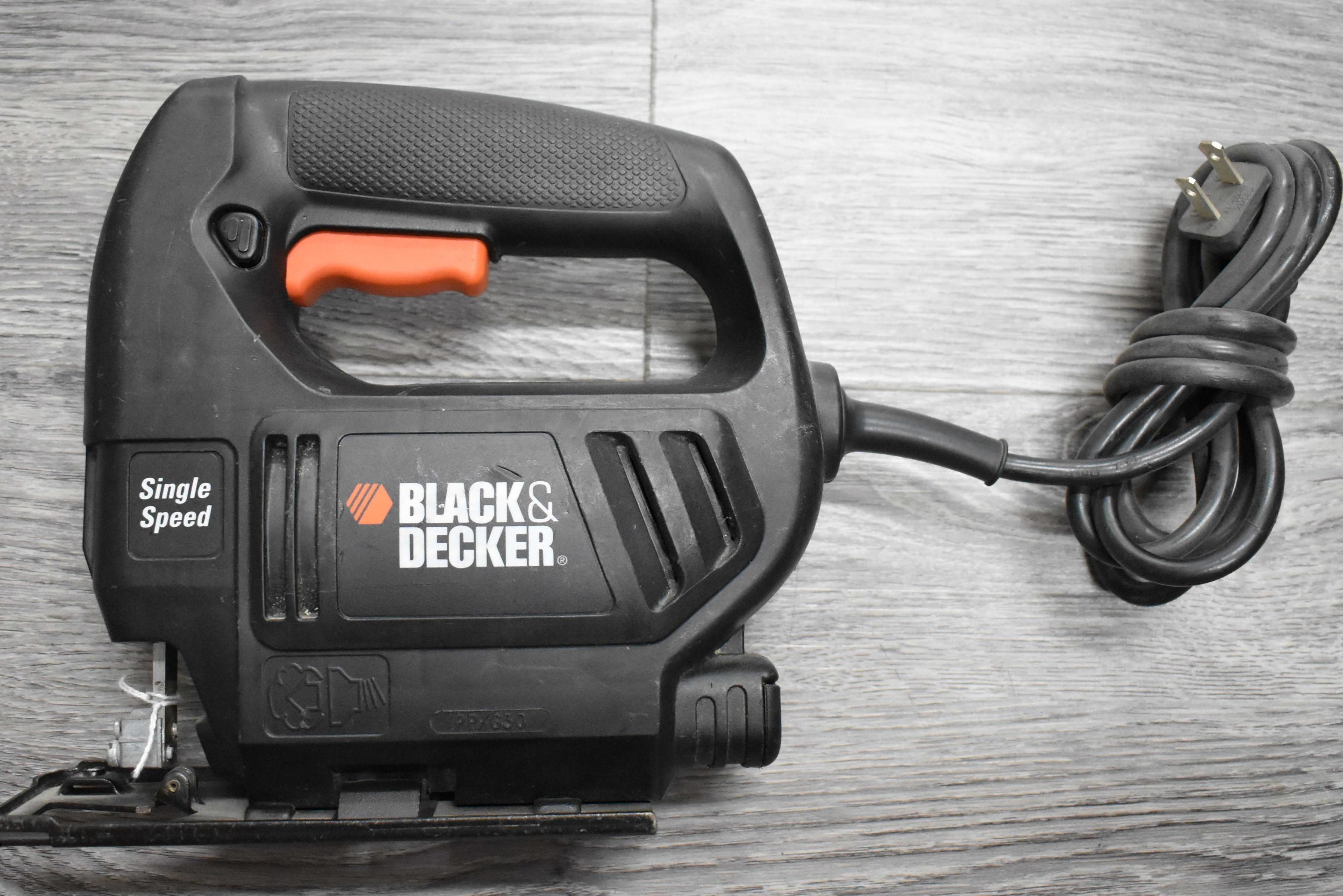 BLACK & DECKER - 7552 - JIG SAW TOOLS-POWER