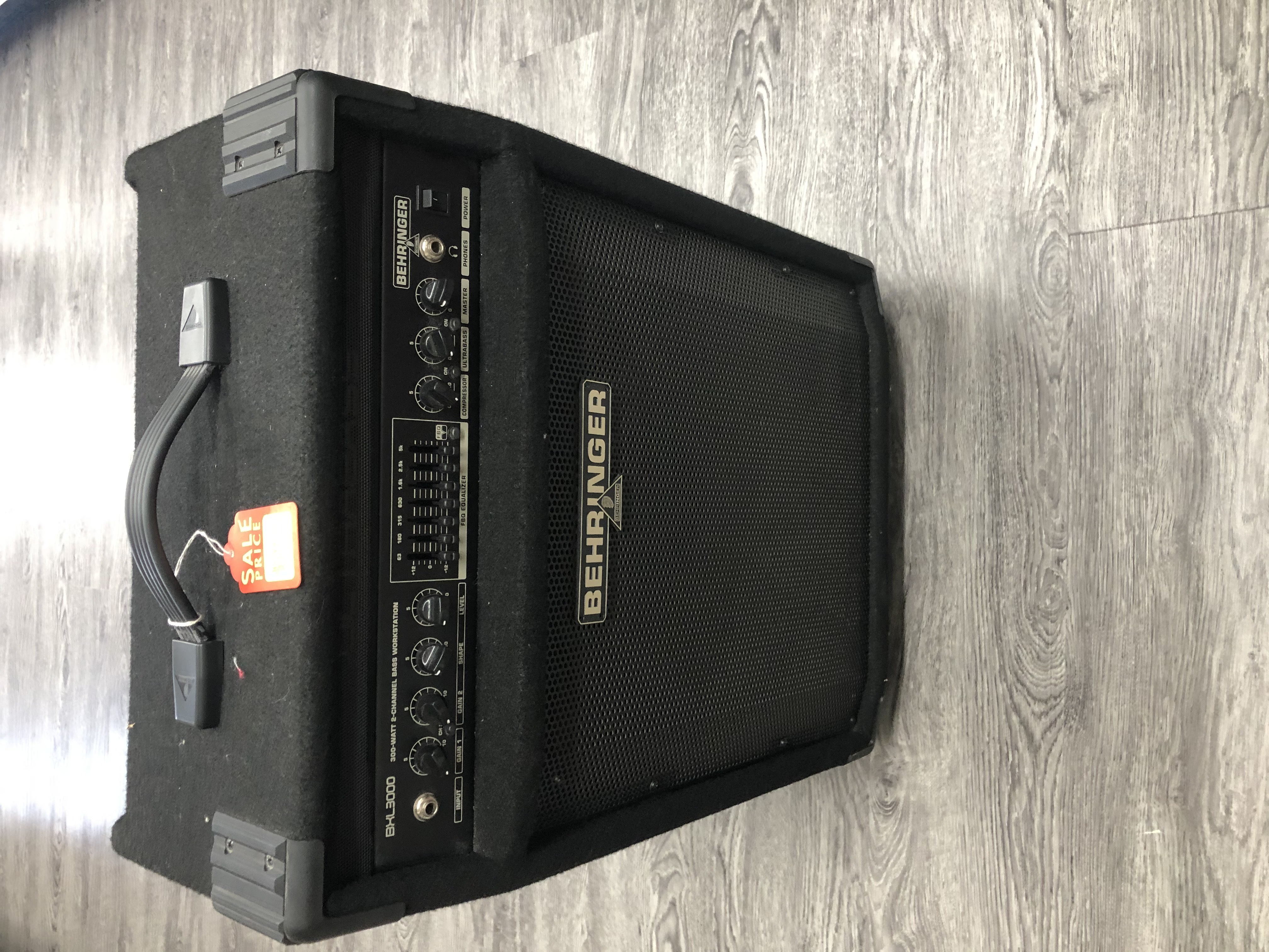 BEHRINGER - BXL3000 - AMP ELECTRONICS