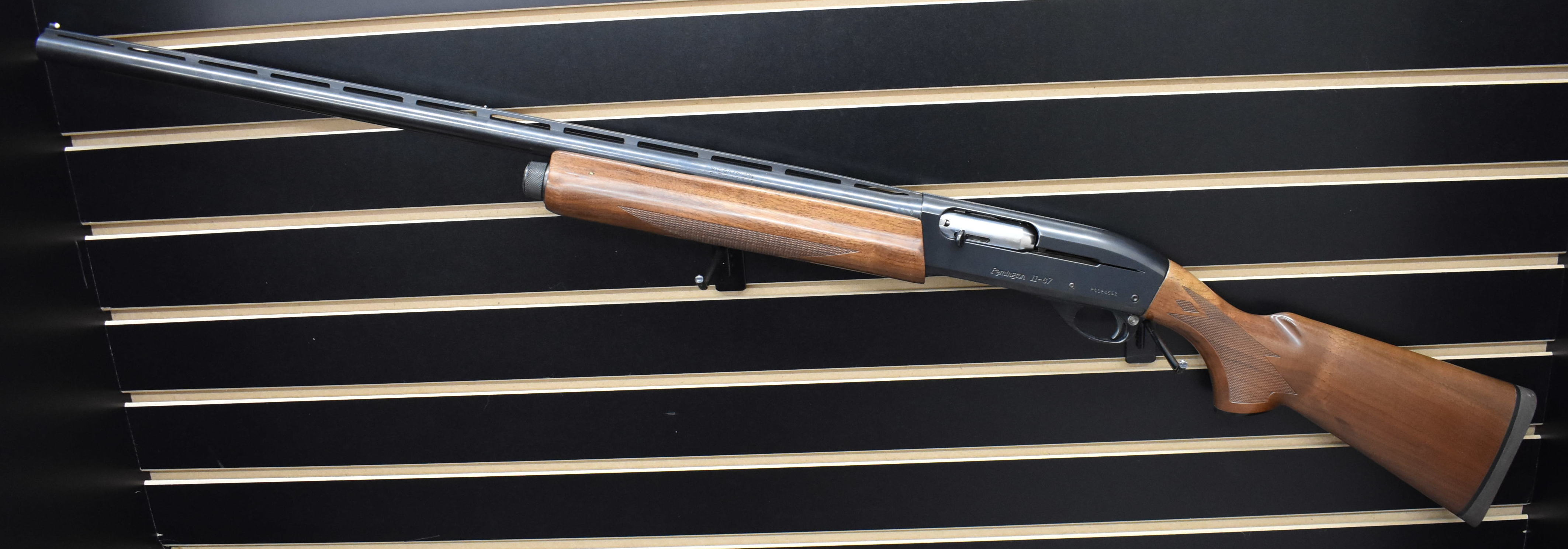 REMINGTON ARMS - 1187 - SHOTGUN FIREARM LEFT HANDED